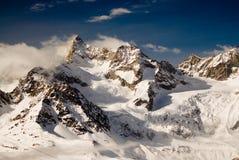 Montanhas acima de Zermatt Fotos de Stock Royalty Free