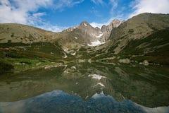 Montanhas altas máximas de Lomnica Tatras de Eslováquia foto de stock