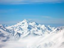 Montanhas altas no inverno fotografia de stock
