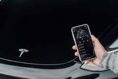 5/12/18 - Montanhas atlânticas, NJ - modelo de Tesla Fotos de Stock