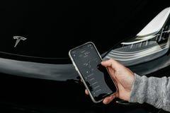 5/12/18 - Montanhas atlânticas, NJ - modelo 3 de Tesla Imagens de Stock Royalty Free