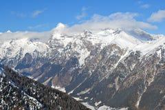 Montanhas com neve Imagem de Stock
