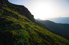 Montanhas da beleza no por do sol Foto de Stock Royalty Free