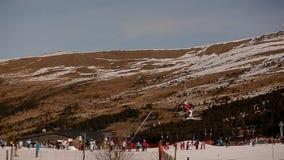 Montanhas da neve do elevador de esqui filme