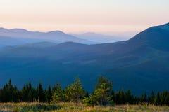 Montanhas da paisagem do verão Imagens de Stock Royalty Free