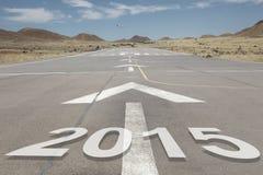 Montanhas 2015 da pista de decolagem do aeroporto Foto de Stock