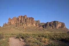 Montanhas da superstição fotografia de stock