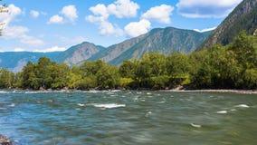 Montanhas de Altai Paisagem bonita das montanhas Rússia Sibéria Timelapse vídeos de arquivo