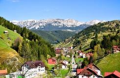 Montanhas de Bucegi, Moeciu de Sus Fotos de Stock Royalty Free
