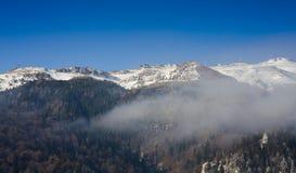 Montanhas de Bucegi no inverno Fotos de Stock Royalty Free