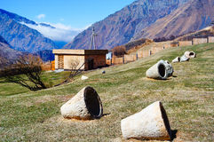 Montanhas de Cáucaso bonitas, Geórgia Imagens de Stock