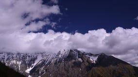 Montanhas de Cáucaso geórgia vídeos de arquivo