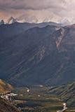 Montanhas de Cáucaso, Rússia Fotos de Stock Royalty Free