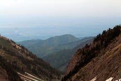 Montanhas de Cazaquistão Fotografia de Stock