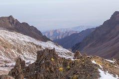 Montanhas de Cazaquistão Juventude máxima Fotografia de Stock Royalty Free