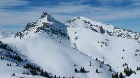 Montanhas de Ciucas, Romênia, vista aérea video estoque