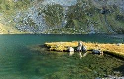 Montanhas de Fagaras no país romeno Foto de Stock