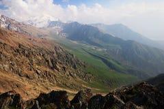 Montanhas de Hight fotografia de stock
