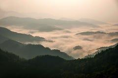 Montanhas de Jiangxi Wuyuan Shicheng Fotos de Stock Royalty Free