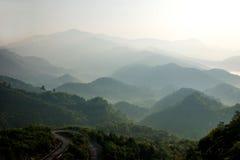Montanhas de Jiangxi Wuyuan Shicheng Foto de Stock