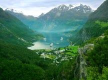 Montanhas de Noruega Fotos de Stock