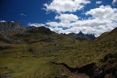 Montanhas de Peru imagem de stock royalty free