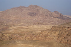 Montanhas de PETRA na luz do nascer do sol, Jordânia sul Imagem de Stock
