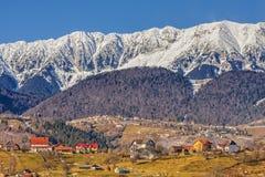 Montanhas de Piatra Craiului, Romania Foto de Stock