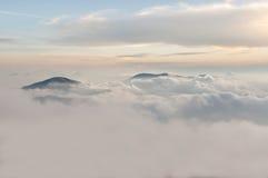 Montanhas de Titiwangsa igualmente conhecidas como a escala de Sankalakhiri em Tailândia Fotos de Stock Royalty Free