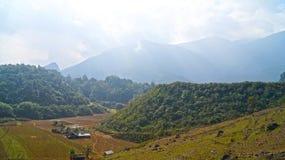 Montanhas de Vietname norte Fotos de Stock Royalty Free