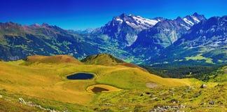 Montanhas dos cumes Fotografia de Stock