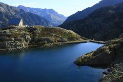 Montanhas e água no vale de Tena, Pyrenees Panticosa Fotos de Stock