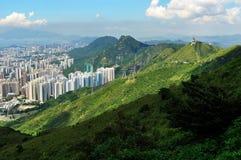 Montanhas e arquitetura imagens de stock royalty free