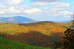 Montanhas e céu Fotografia de Stock Royalty Free