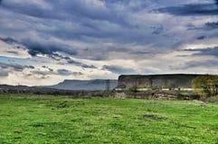 Montanhas e campos Foto de Stock Royalty Free