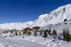 Montanhas e destino famosos de Tignes, cumes, França Imagem de Stock