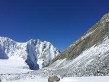 Montanhas e geleiras de Altai ?rea de montanha de Belukha R?ssia imagem de stock royalty free