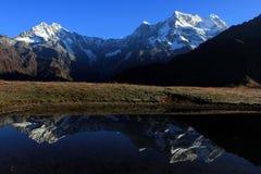 Montanhas e lagos Imagem de Stock