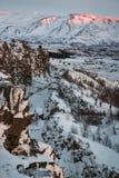 Montanhas e neve de Islândia Foto de Stock
