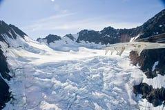 Montanhas e neve em Alaska Imagem de Stock
