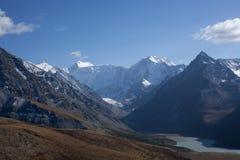 Montanhas e nuvens Foto de Stock