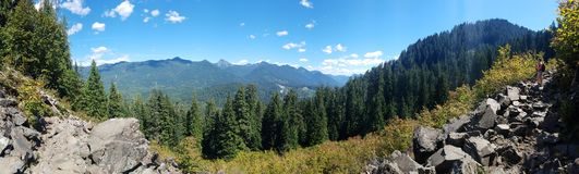 Montanhas e rochas Fotos de Stock Royalty Free