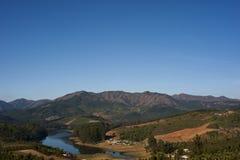 Montanhas e vale Fotografia de Stock Royalty Free