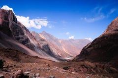 Montanhas em Andes, Santiago, o Chile foto de stock