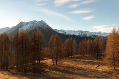 Montanhas em Autumn Alps Piemonte Val di Susa Valle Argentera Imagens de Stock Royalty Free