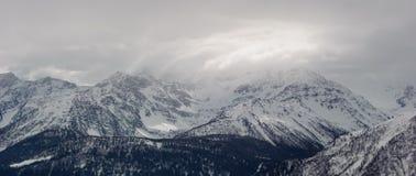 Montanhas em Mont Blanc Massif Foto de Stock