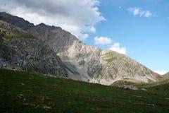 Montanhas em Quirguizistão Fotografia de Stock
