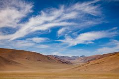 Montanhas estéreis Mongólia de Altai da paisagem da montanha Imagem de Stock