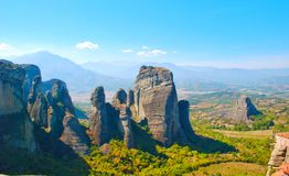 Montanhas incríveis em Grécia - Meteora foto de stock
