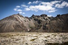 Montanhas islandêsas fotos de stock